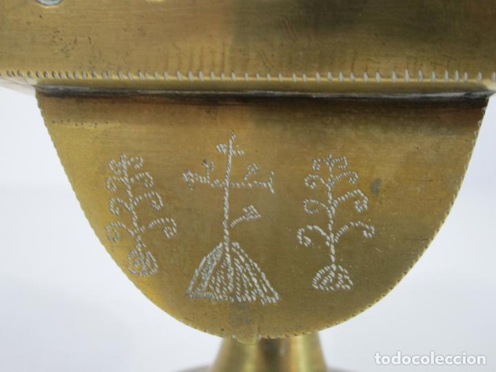 Antigüedades: Antigua Naveta - Naveta en Bronce Cincelado - Incienso, Liturgia - S.XVIII-XIX - Foto 10 - 246900785