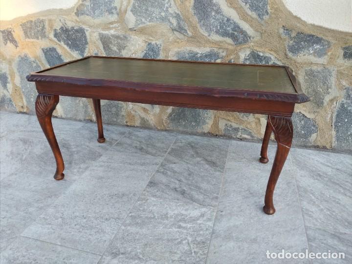 Antigüedades: Antigua mesa de fumador estilo luis xv, con cuero verde en la supercicie. - Foto 4 - 246961505
