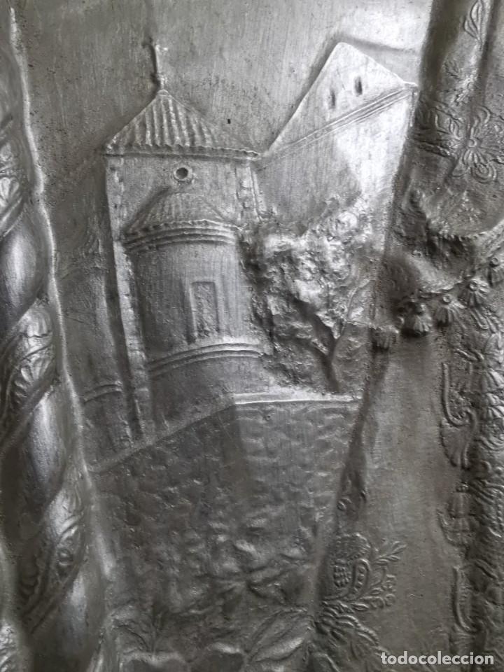 Antigüedades: CUADRO VIRGEN NUESTRA SEÑORA DEL CASTAÑAR-BEJAR -SALAMANCA-METAL CINCELADO Y REPUJADO.FIRMA MORERA. - Foto 12 - 247103550