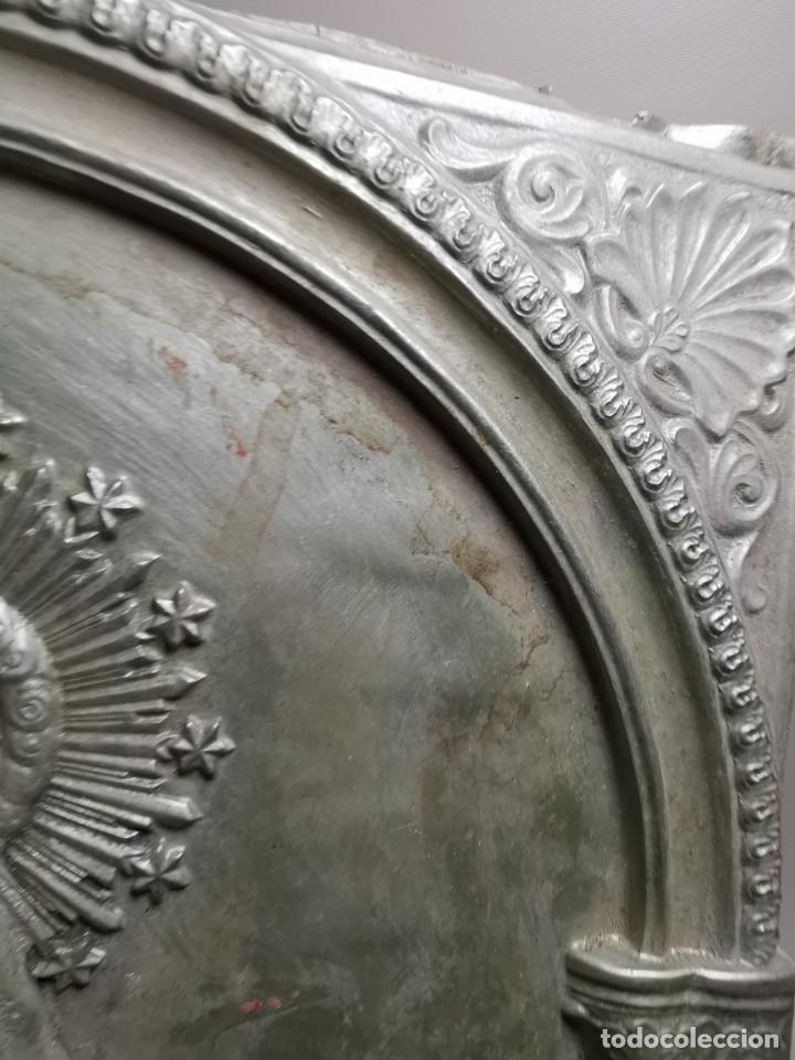 Antigüedades: CUADRO VIRGEN NUESTRA SEÑORA DEL CASTAÑAR-BEJAR -SALAMANCA-METAL CINCELADO Y REPUJADO.FIRMA MORERA. - Foto 20 - 247103550