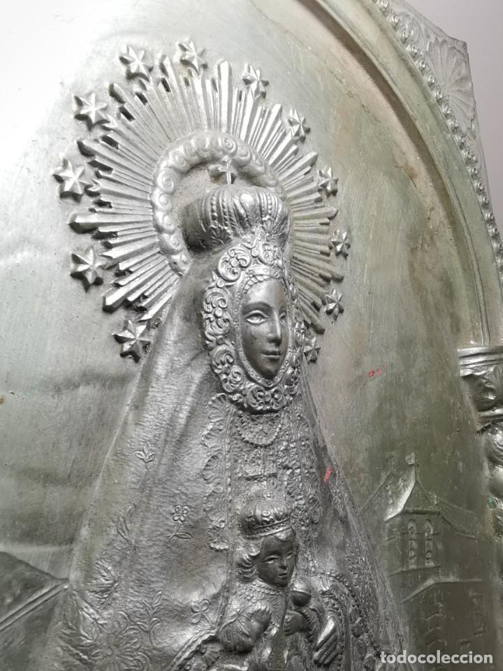 Antigüedades: CUADRO VIRGEN NUESTRA SEÑORA DEL CASTAÑAR-BEJAR -SALAMANCA-METAL CINCELADO Y REPUJADO.FIRMA MORERA. - Foto 51 - 247103550