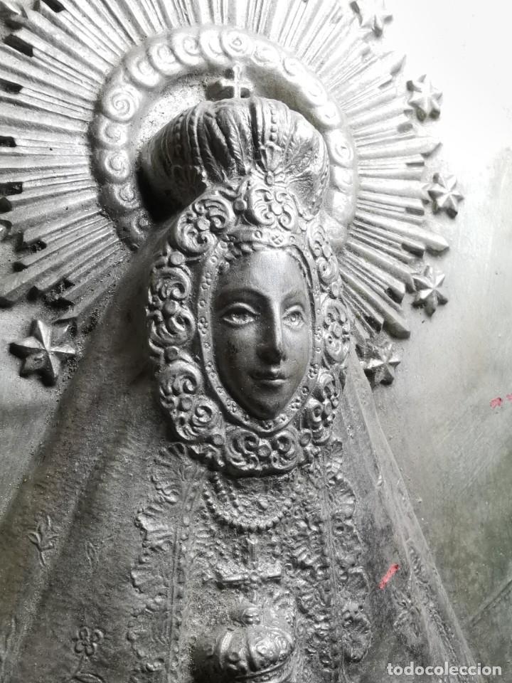 Antigüedades: CUADRO VIRGEN NUESTRA SEÑORA DEL CASTAÑAR-BEJAR -SALAMANCA-METAL CINCELADO Y REPUJADO.FIRMA MORERA. - Foto 52 - 247103550