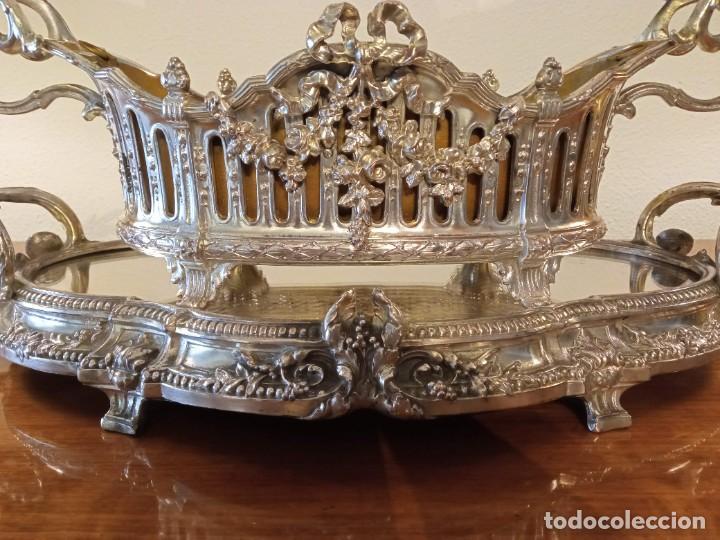 Antigüedades: Surtout de table Louis XVI y Jardinera. Metal plateado - Foto 3 - 247144195