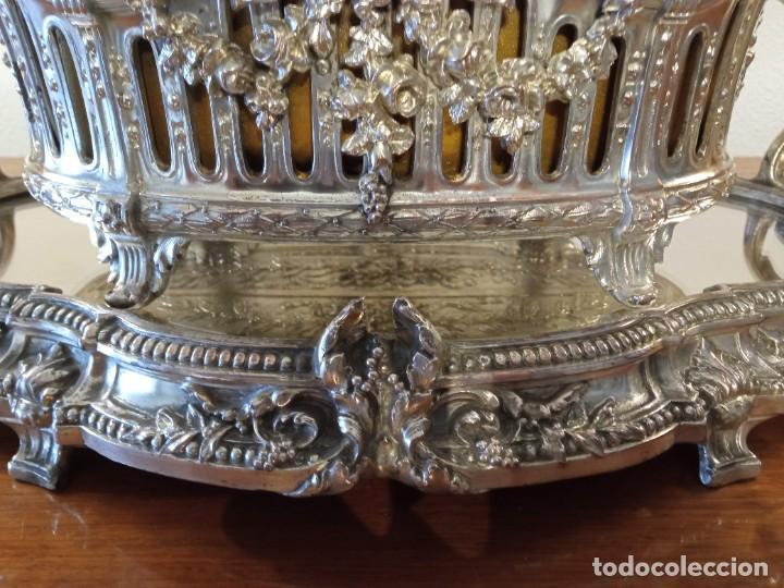 Antigüedades: Surtout de table Louis XVI y Jardinera. Metal plateado - Foto 4 - 247144195