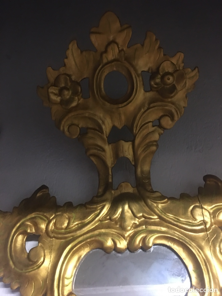 Antigüedades: Espejo Sec XXVlll / XlX cornucopias con marcos en madera tallada y fino pan de oro. - Foto 13 - 247173285