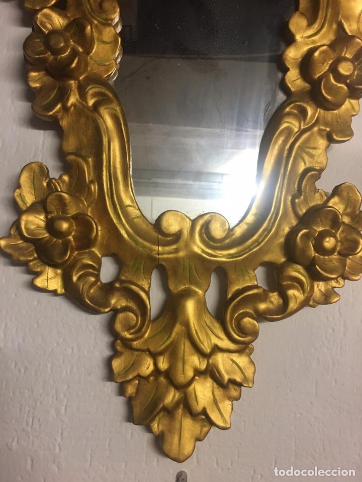 Antigüedades: Espejo Sec XXVlll / XlX cornucopias con marcos en madera tallada y fino pan de oro. - Foto 16 - 247173285