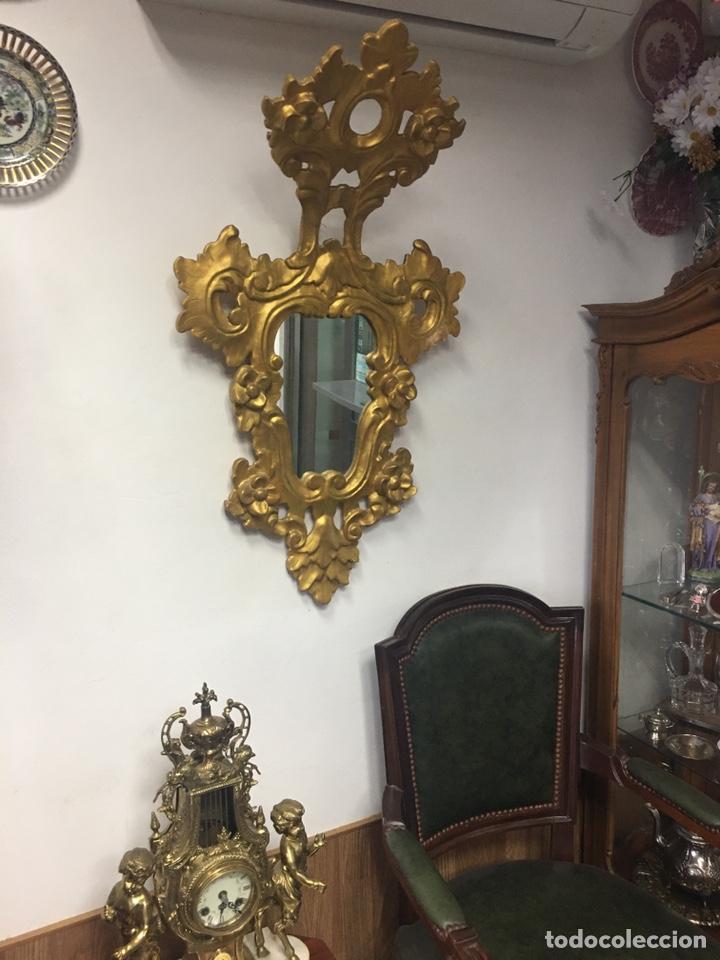 ESPEJO SEC XXVLLL / XLX CORNUCOPIAS CON MARCOS EN MADERA TALLADA Y FINO PAN DE ORO. (Antigüedades - Muebles Antiguos - Cornucopias Antiguas)
