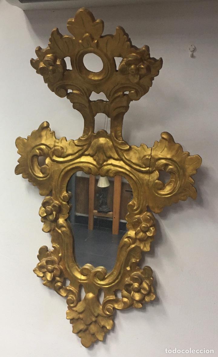 Antigüedades: Espejo Sec XXVlll / XlX cornucopias con marcos en madera tallada y fino pan de oro. - Foto 19 - 247173285