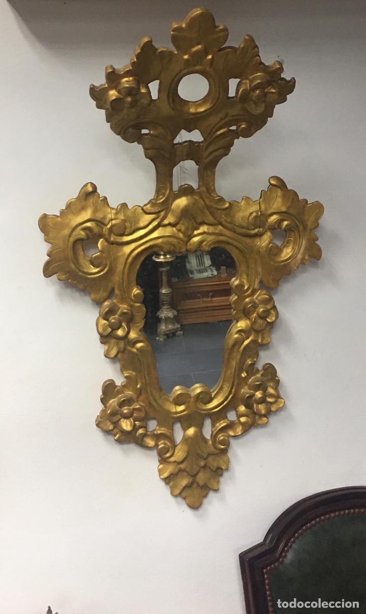 Antigüedades: Espejo Sec XXVlll / XlX cornucopias con marcos en madera tallada y fino pan de oro. - Foto 20 - 247173285