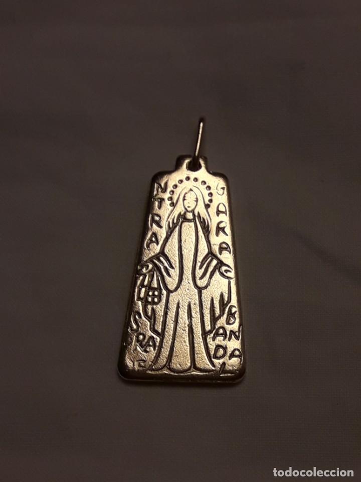 Antigüedades: Medalla religiosa Nuestra Señora de Garabandal dorada - Foto 2 - 247208005