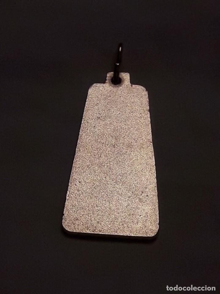 Antigüedades: Medalla religiosa Nuestra Señora de Garabandal dorada - Foto 5 - 247208005