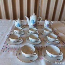 Antigüedades: JUEGO DE CAFÉ PORCELANA 8 SERVICIOS CAFETERA AZUCARERO Y LECHERA. Lote 247214930