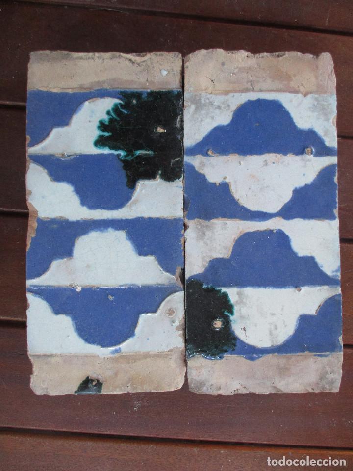 PAREJA 49 AZULEJOS DE TABLA TRIANA SIGLO XVI (Antigüedades - Porcelanas y Cerámicas - Azulejos)