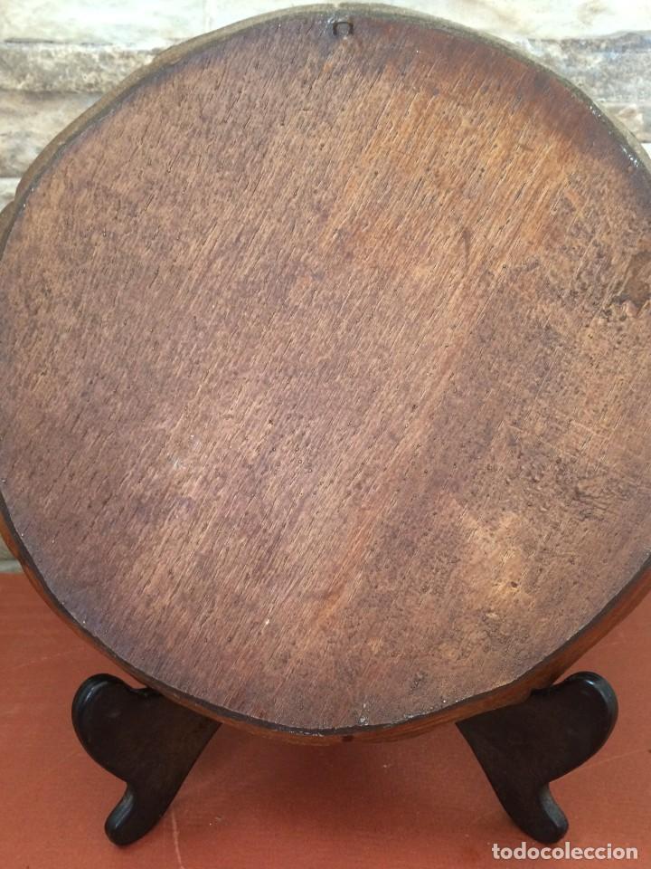 Antigüedades: PLATO TALLADO EN MADERA MOTIVO AGRICOLA - AÑOS 50- LABRANZA - Foto 4 - 247345905