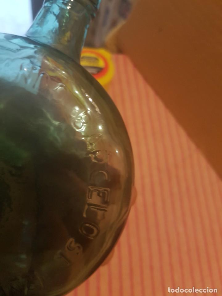 Antigüedades: Tarro Frasco Recipiente de farmacia o medicinal en cristal. Doctor Fernando Barceló (Málaga).años 60 - Foto 3 - 247592240