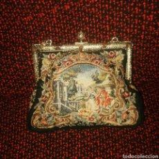 Antigüedades: MARAVILLOSO BOLSITO DE MICROPETITPOIN HECHO A MANO. Lote 247751990