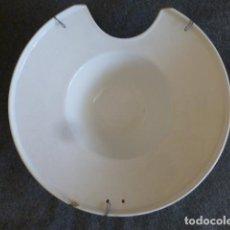 Antigüedades: BACIA PICKMAN CARTUJA SEVILLA SIGLO XIX 30 CMTS DIAMETRO. Lote 247806150