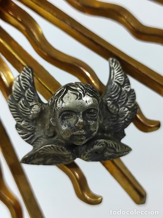 Antigüedades: Preciosa Custodia Neogótica - en Plata y Bronce Cincelado - con Caja Original - Altura 64 cm - S.XIX - Foto 18 - 247928685