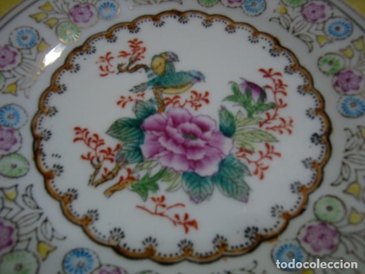 Antigüedades: Plato decorativo porcelana China, pintado a mano años 80, Nuevo sin usar. - Foto 3 - 247930195