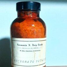 Antiquités: FRASCO ANTIGUO DE FARMACIA BICROMATO POTASICO. Lote 248102145