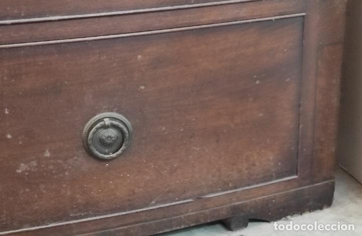 Antigüedades: Cómoda Victoriana, Inglaterra - Madera de Caoba y Ébano - Tiradores Originales - S. XIX - Foto 10 - 248130265
