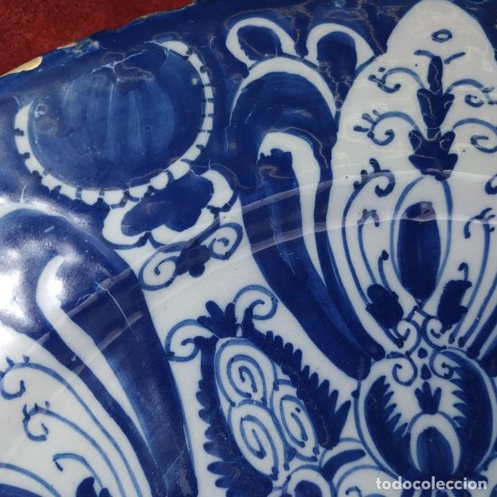 Antigüedades: PLATO. LOZA ESMALTADA DE DELFT. CON MARCAS WVDB. HOLANDA. SIGLO XVIII - Foto 6 - 248153985