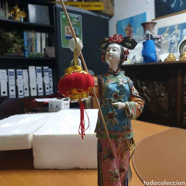 PRECIOSA CHINA EN PORCELANA (Antigüedades - Porcelana y Cerámica - Japón)