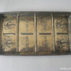 Antigüedades: ANTIGUO MOLDE DE CHOCOLATE HUETO VITORIA AÑOS 30. Lote 248733745