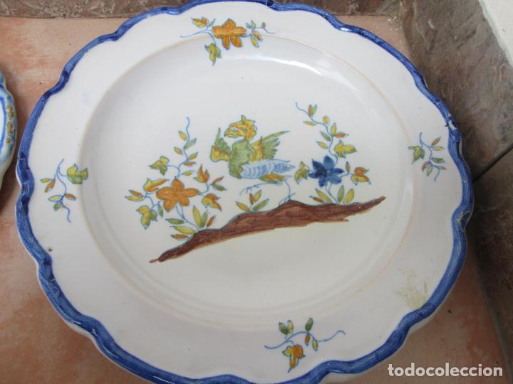Antigüedades: Lote de Cerámica- Loza de Alcora, 2 platos hondos, 2 platos llanos y 2 de postre. - Foto 5 - 248818385