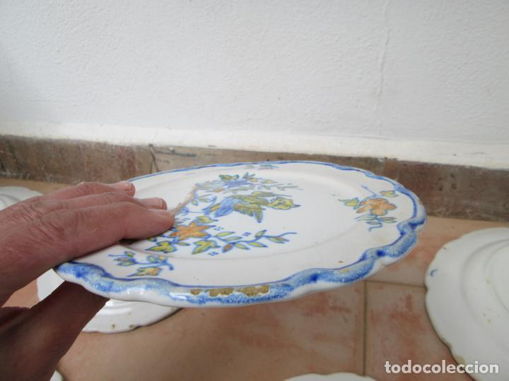 Antigüedades: Lote de Cerámica- Loza de Alcora, 2 platos hondos, 2 platos llanos y 2 de postre. - Foto 14 - 248818385