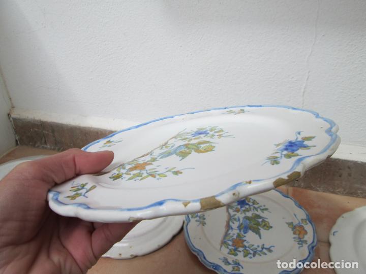 Antigüedades: Lote de Cerámica- Loza de Alcora, 2 platos hondos, 2 platos llanos y 2 de postre. - Foto 15 - 248818385