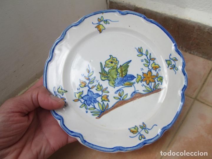 Antigüedades: Lote de Cerámica- Loza de Alcora, 2 platos hondos, 2 platos llanos y 2 de postre. - Foto 18 - 248818385