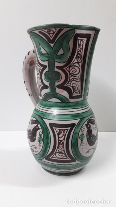 Antigüedades: PRECIOSA JARRA . REALIZADA POR LOS HERMANOS GORRIZ - CERAMICA DE TERUEL . ALTURA 22,5 CM - Foto 7 - 248987910