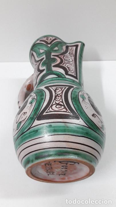 Antigüedades: PRECIOSA JARRA . REALIZADA POR LOS HERMANOS GORRIZ - CERAMICA DE TERUEL . ALTURA 22,5 CM - Foto 17 - 248987910