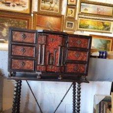 Antiguidades: ANTIGUO BARGUEÑO ESPAÑOL DEL SIGLO XVIII EN CAREY. Lote 248988280