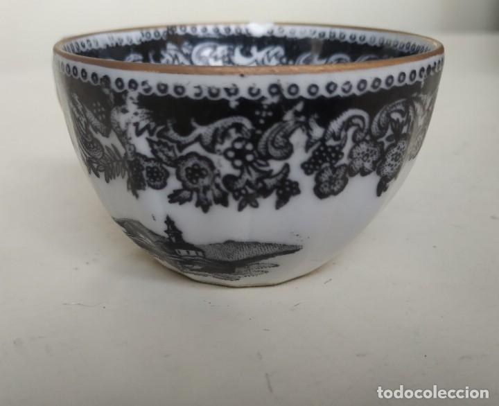 Antigüedades: Bonita taza de café o té de porcelana de Vigo, Santa Clara. - Foto 5 - 249011815