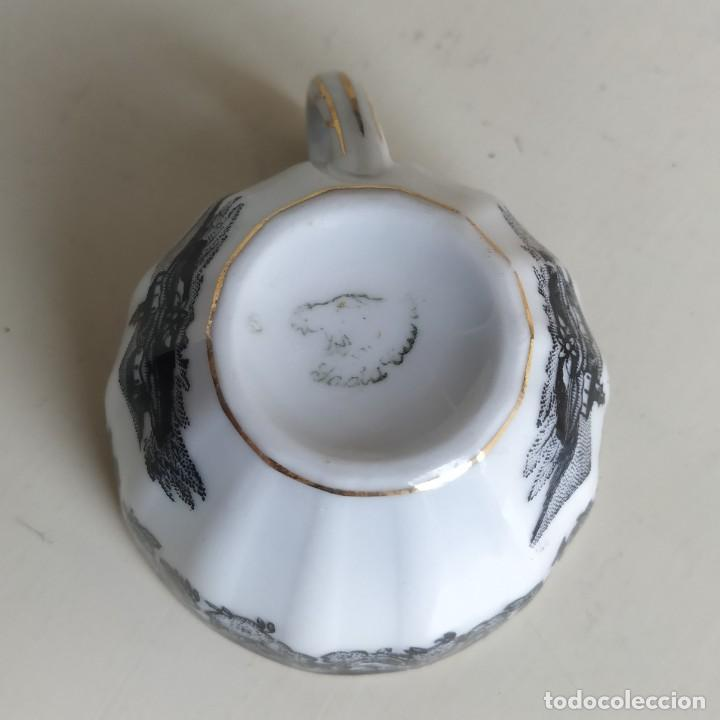Antigüedades: Bonita taza de café o té de porcelana de Vigo, Santa Clara. - Foto 6 - 249011815