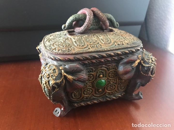 Antigüedades: Espectacular caja joyero con motivos etnicos - Foto 2 - 249031390