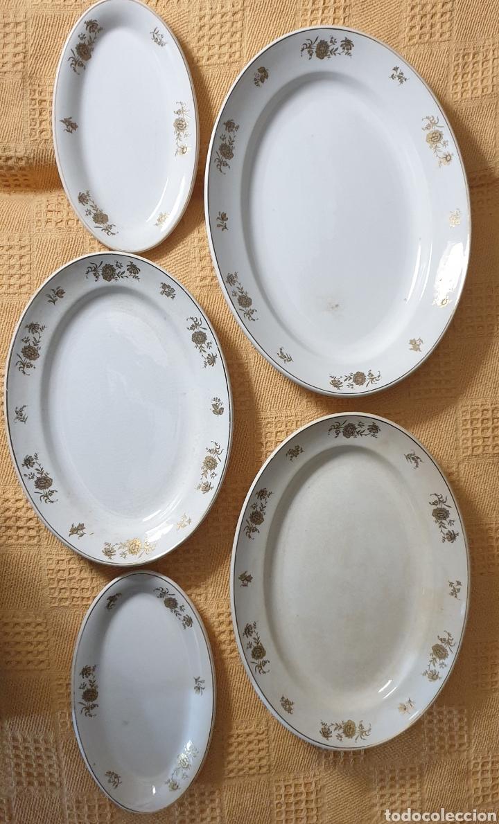 5 BANDEJAS DE PORCELA CON DIBUJOS EN ORO DE SAN CLAUDIO OVIEDO (Antigüedades - Porcelanas y Cerámicas - San Claudio)