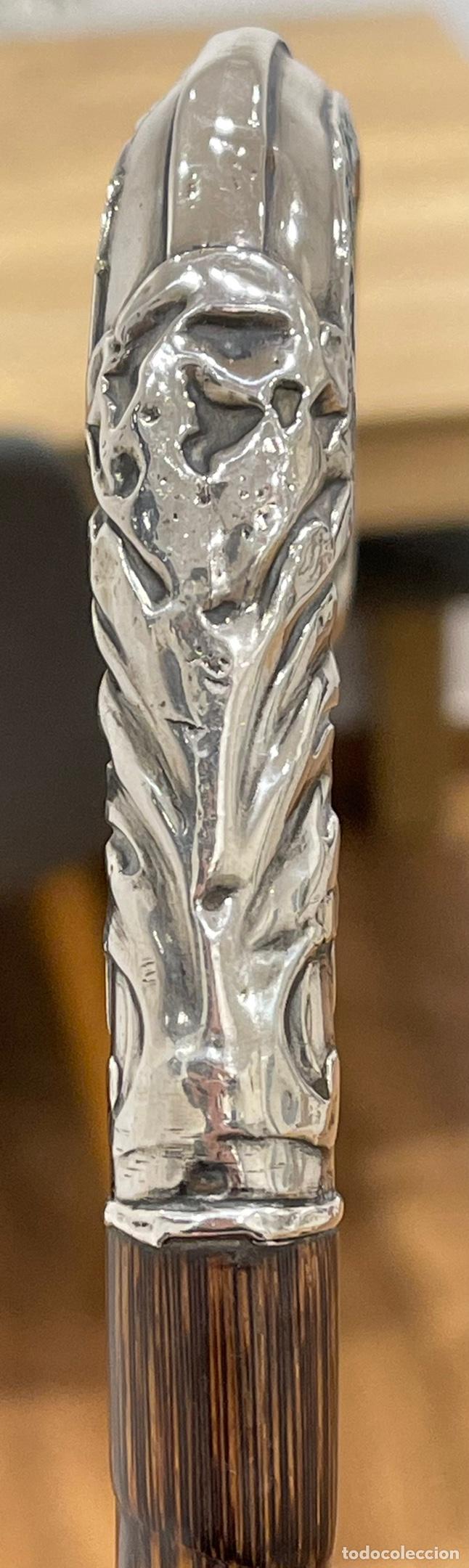 Antigüedades: Magnifico bastón modernista, con mango de plata de ley, y vara de caña. Pps.S.XX - Foto 9 - 249121270