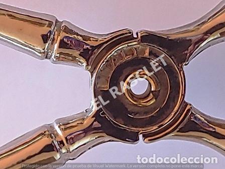 Antigüedades: CUCHARA SERVIR TIPO PINZA EN METAL BRILLANTE PLATA MODE ITALY - Foto 10 - 249209480