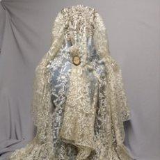 Antigüedades: MANTILLA ESPAÑOLA DE VOLANTES. Lote 249286080