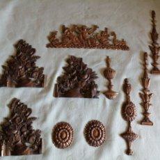 Antigüedades: LOTE DE ADORNOS EN BRONCE. Lote 249334950