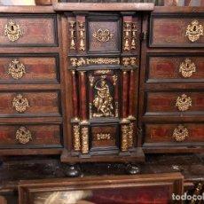 Antigüedades: MAGNIFICO BARGUEÑO ESTILO ESPAÑOL, MUY BUEN ESTADO. Lote 249387180