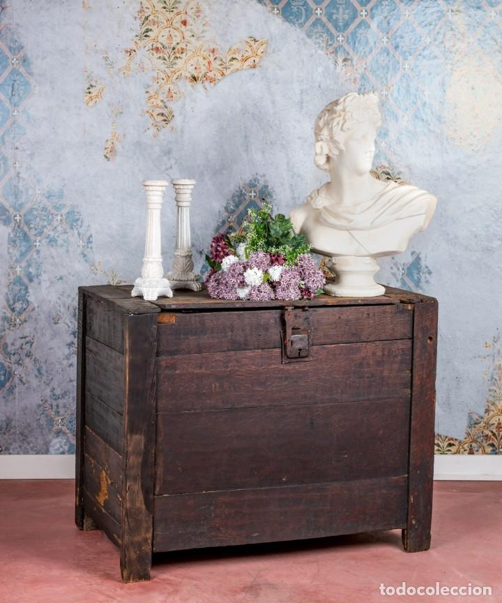 ARCÓN ANTIGUO SIGLO XVIII (Antigüedades - Muebles Antiguos - Baúles Antiguos)