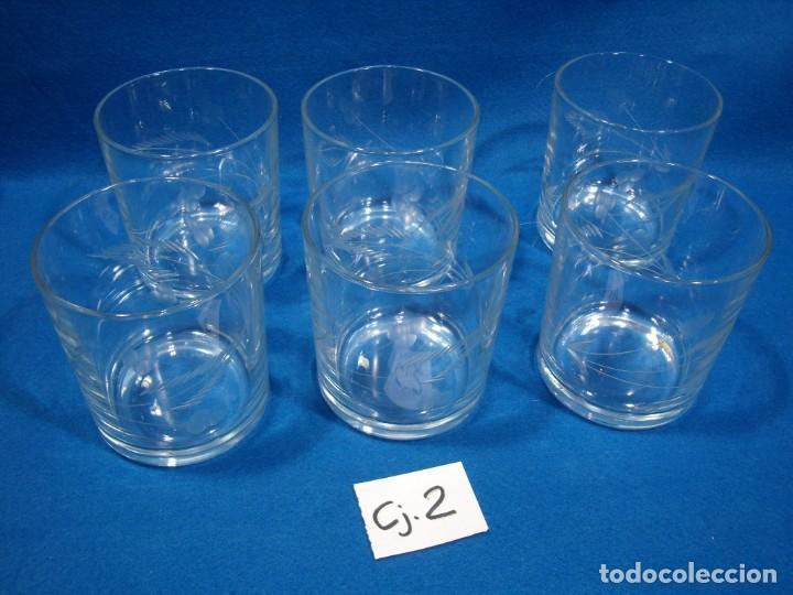 Antigüedades: Juego Whisky cristal tallado a mano 12 vasos y cubitera de VG Italia, años 80 Nuevo sin usar. - Foto 9 - 249550250