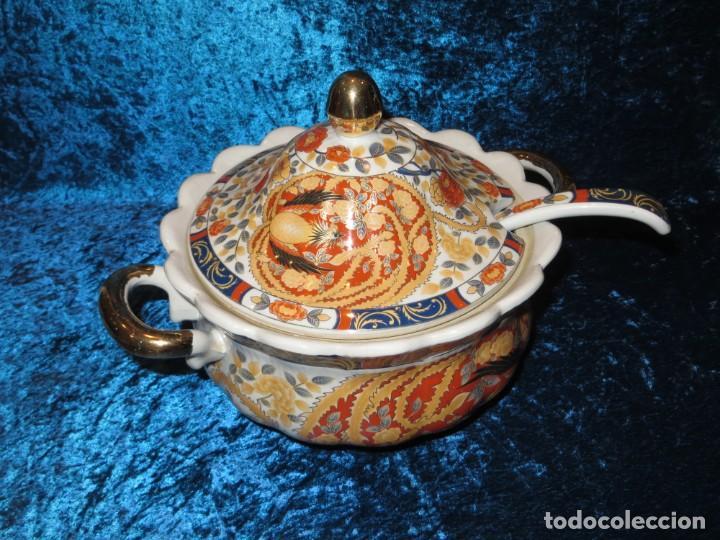 Antigüedades: Antigua sopera ensaladera porcelana China King Cheng oriental numerada sellada firma Ave Fénix oro - Foto 2 - 250148670
