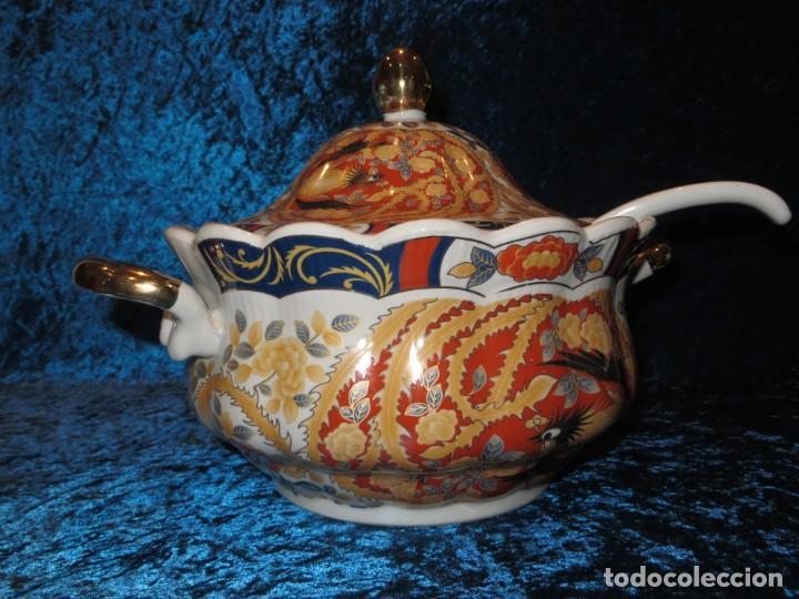Antigüedades: Antigua sopera ensaladera porcelana China King Cheng oriental numerada sellada firma Ave Fénix oro - Foto 3 - 250148670
