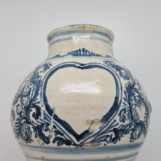 Antigüedades: DE COLECCION,EXCEPCIONAL ALBARELO,ORZA DE FARMACIA EN CERAMICA DE TERUEL,S. XVIII. Lote 250248230