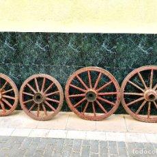 Antigüedades: IMPRESIONANTES RUEDAS PINTADAS CARRO RADIOS MADERA. Lote 250261960